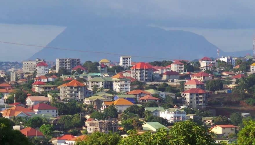 Crise de logement à Conakry : Immersion dans le petit business des démarcheurs