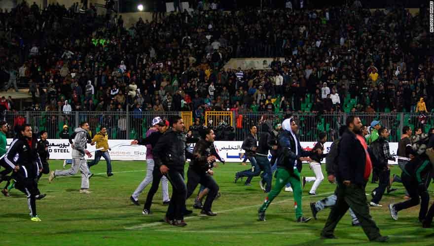 Egypte : bousculade meurtrière devant un stade du Caire en 2015, 14 personnes condamné , dont deux à perpétuité