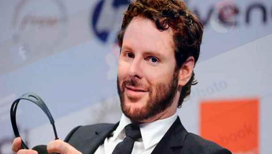 Réseaux Sociaux : Les aveux de l'ex-président qui font peur, Sean Parker admet que Facebook est un monstre...