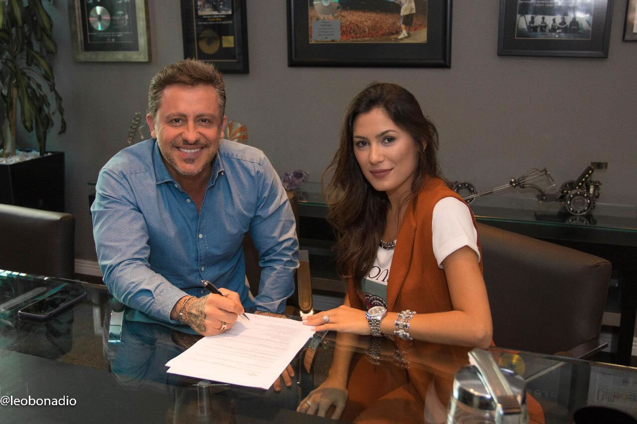 Darfiny assina contrato com Rick Bonadio