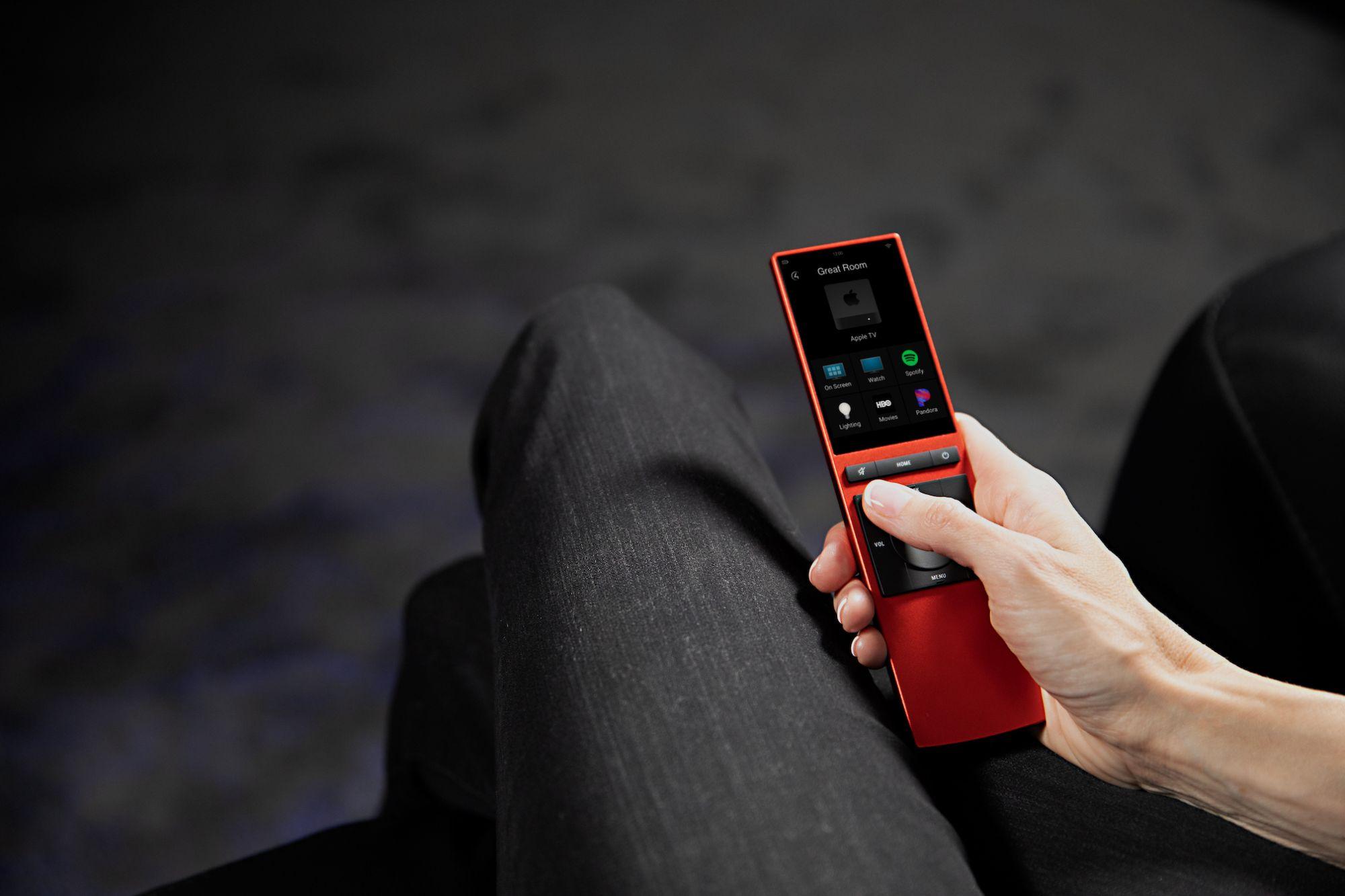 Controle remoto universal é uma interface de controle da automação residencial